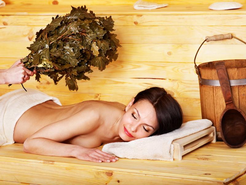 Массаж девушки в бани смотреть лесбийский эротический массаж